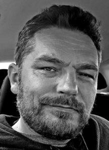 Bartek Osiecimski   Polski Psychoterapeuta Dublin Irlandia